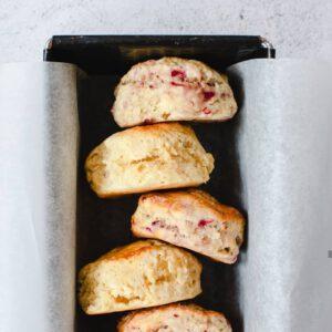 scones met frambozen