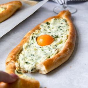 Georgische pizza