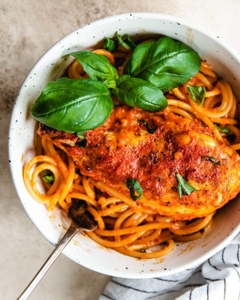spaghetti paprika roomsaus
