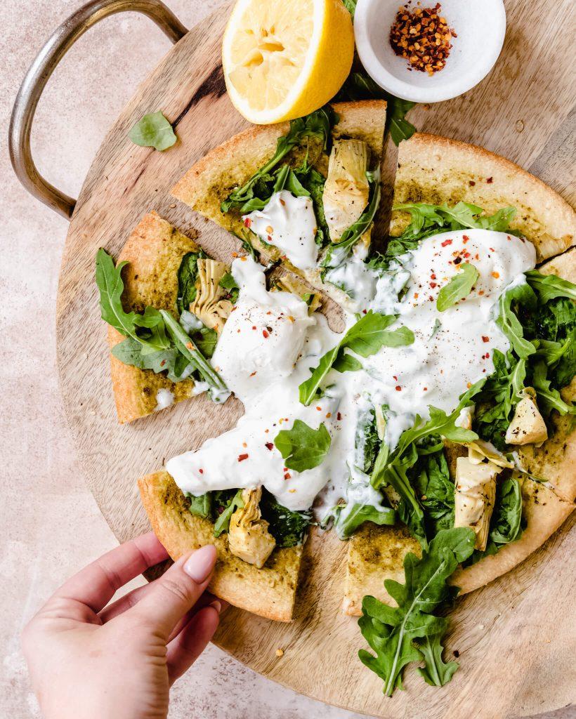 pizza met artisjok en burrata
