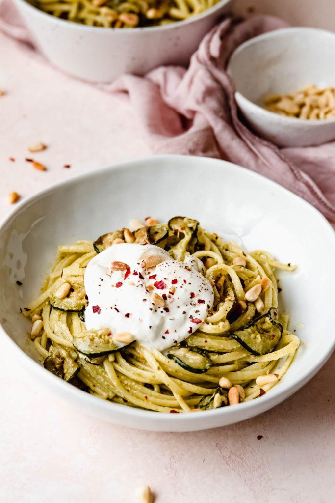 paste pesto met gegrilde courgette