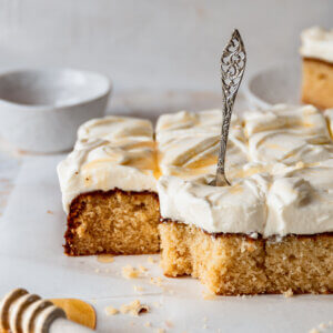 Honing cake